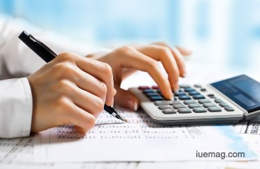 Simplifying Financial Transactions Through Accounting Software