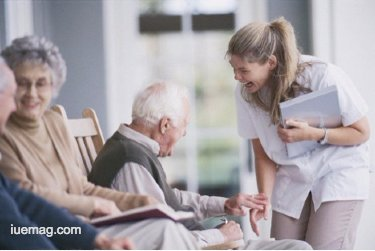 how to arrange care for elderly people in the family